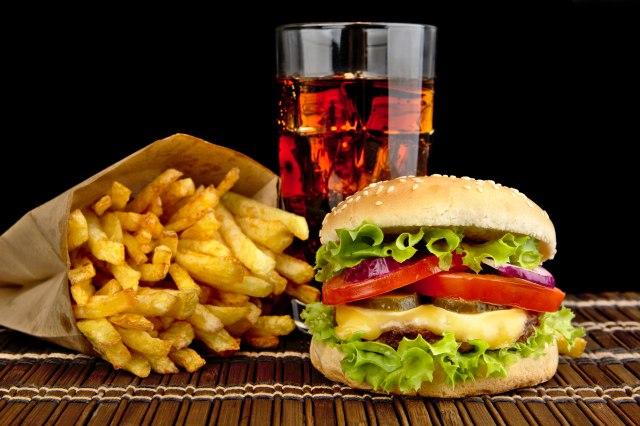 Naglo odricanje od nezdrave hrane izaziva probleme